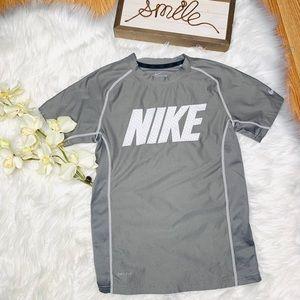 NIKE DRI Fit Boys Shirt Small